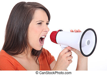mulher zangada, gritando, speakerphone
