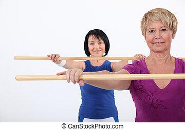 mulheres, em, um, aeróbica, classe