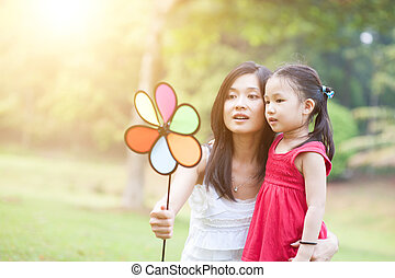 mulino vento, figlia, park., verde, gioco madre