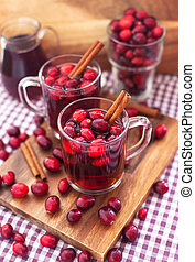 Mulled wine with cranberry and spices