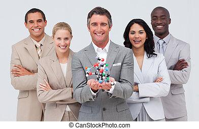 multi-étnico, pessoas negócio, segurando, um, molécula, model., scince, e, conceito negócio