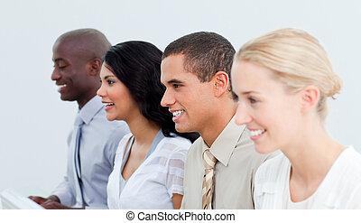multi-culturel, équipe, présentation, business, travail