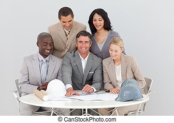 multi-ethnic , αρμοδιότητα εργάζομαι αρμονικά με , γιορτάζω , ένα , επιτυχία