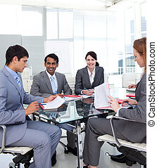 multi-ethnic, empresarios
