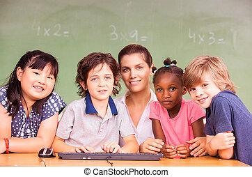 multi-, etika, elemi iskola, osztályterem, noha, tanár
