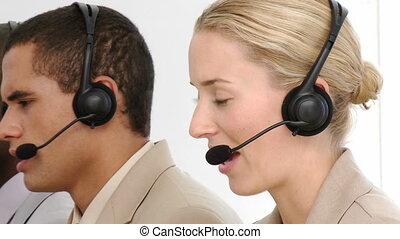 multi-etnic, equipe negócio, trabalhando, i