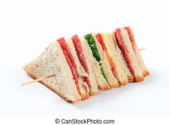 Multi-layered sandwich with thin sliced salami