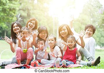 multi, na wolnym powietrzu, rodzina, asian, zabawa, generacje