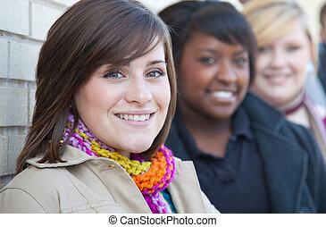 multi-racial, étudiants, collège, femme