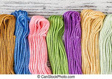 multicolor, hilos