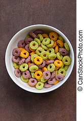 Multicolored corn flakes (rings)