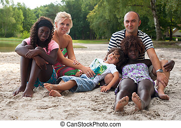 multicultural, plaża, rodzina
