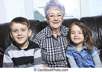 multigeneration, famille, dépenser, temps de loisir, portrait, sourire