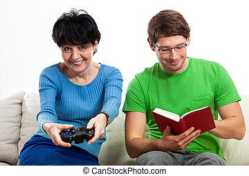 multigeneration, szórakozás