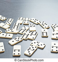 Multiple domino bones composition