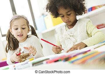 multiracial, crianças, desenho, em, a, playroom