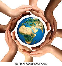 multiracial, mains, entourer, la terre, globe