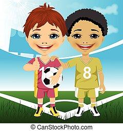 multiracial, mignon, joueurs, football, deux, jeunesse