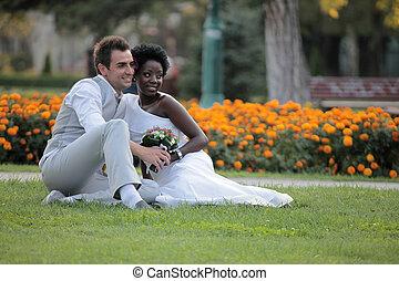 multiracial para, ślub