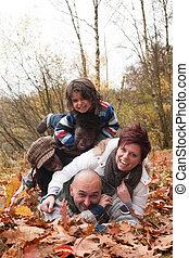 multiracial, rodzina, szczęśliwy