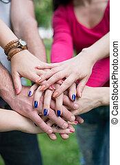 multiracial, studerende, hænder