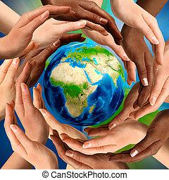 multirazziale, mani, intorno, terra, globo