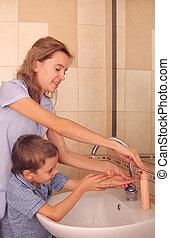 mum, lavagem, criança, mãos