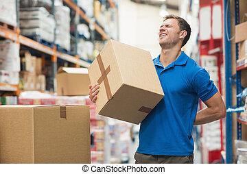 munkás, noha, hátfájás, időz, emelés, doboz, alatt, raktárépület