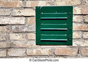 mur, boîte lettres