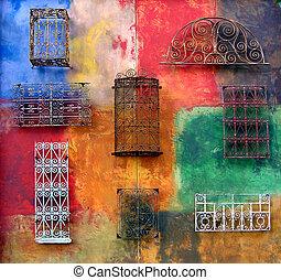 mur, farverig