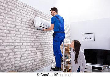 mur, fixation, air, technicien, climatiseur, mâle