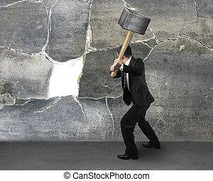 mur, sedgehammer, homme affaires, tenue, fissure