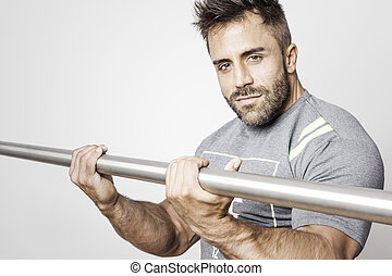 musculation, homme barbu