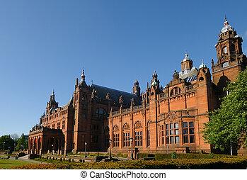 Museum and Art Galery, Glasgow - Kelvingrove public museum...