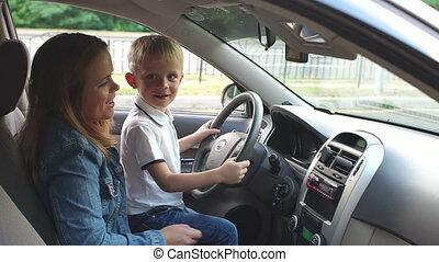 music., enfant, roue, écouter, sien, ils, mère, séance, voiture