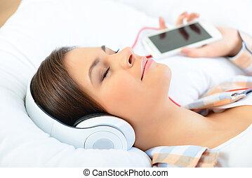music., girl, décontracté, écoute, jeune