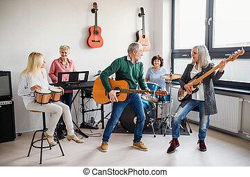 musical, band., instrumentos, 3º edad, juego, gente, dentro...