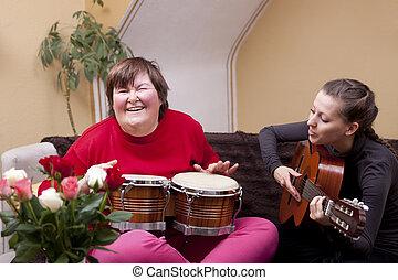 musik, göra, terapi, två kvinnor