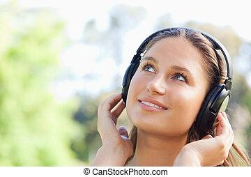 musique, femme, parc, écoute