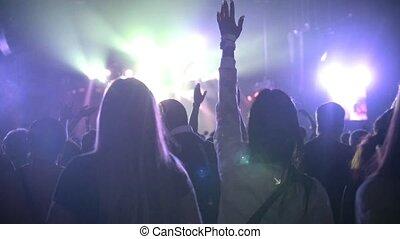 musique, spectateurs, concert, écoute