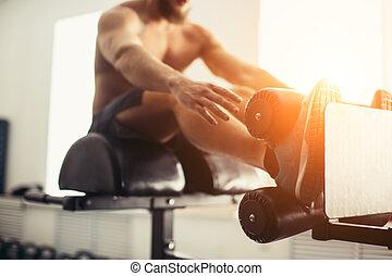 muskulös, mann- trainieren, machen, aufsetzen, übung