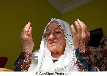 muslim woman 3