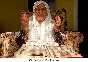 muslim woman 8