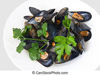 mussels with parsel 2 - Boiled mussel with parsley, oil and ...