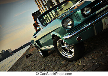 Mustang cruising - Shelby Replica of the Mustang 350 in the...