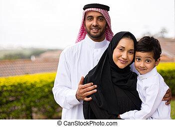 musulmano, giovane famiglia