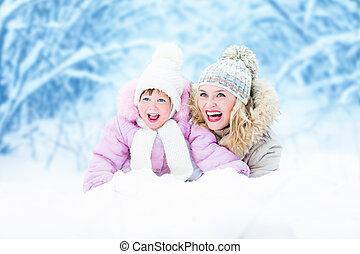 mutter, elternteil, glücklich, schnee, draußen, liegen, kind