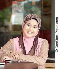 muzulmán, fiatal lány, mosoly