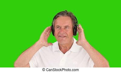 muzyka, słuchawki, emerytowany, słuchający, człowiek