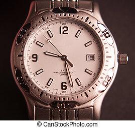 mwn's, reloj